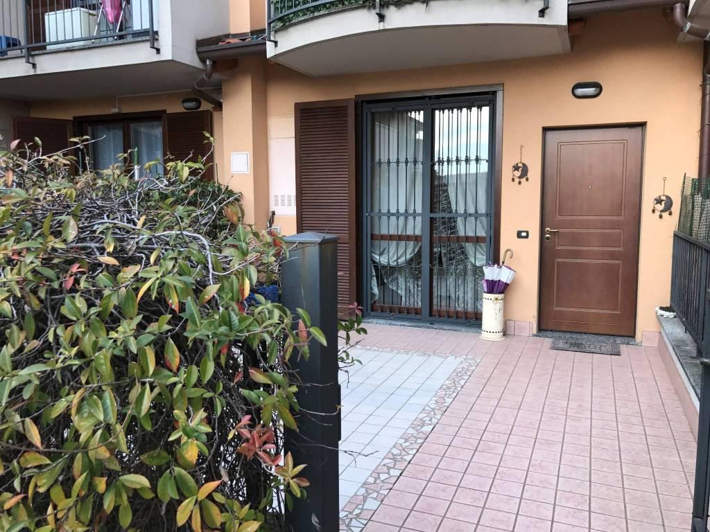 Appartamento in vendita a Gessate, 3 locali, prezzo € 198.000 | CambioCasa.it