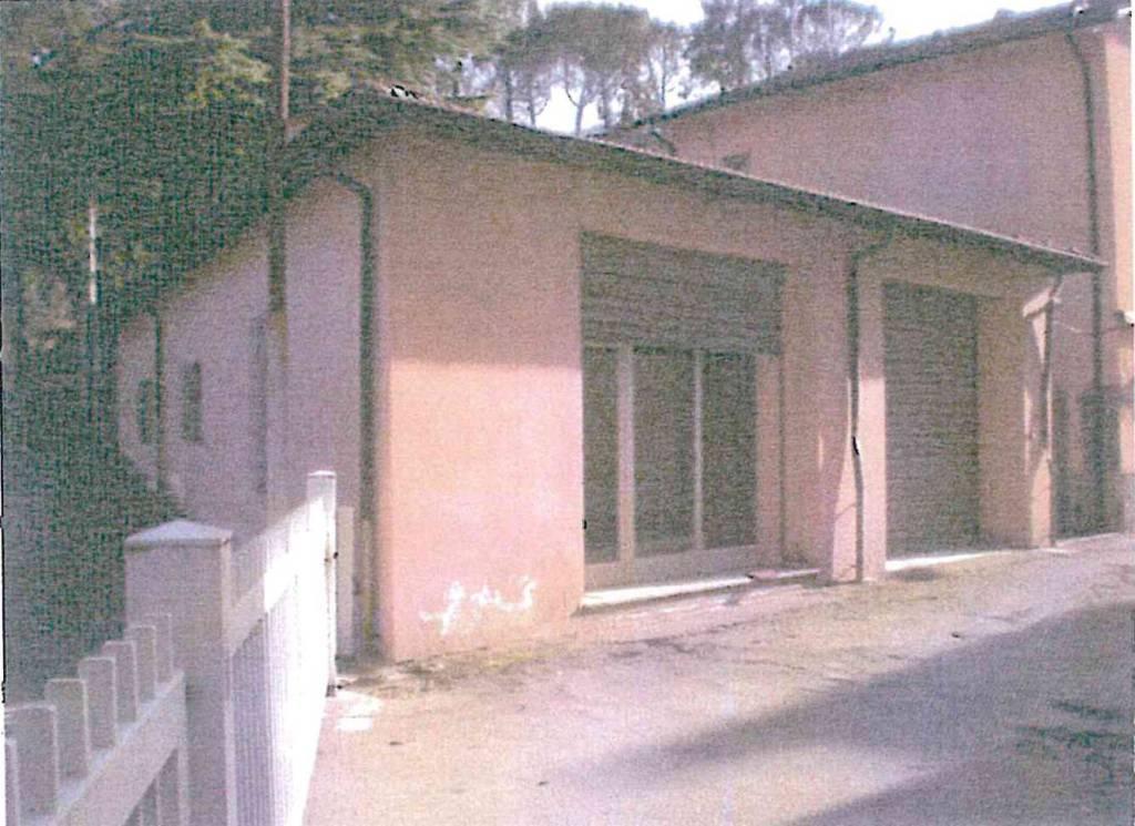 Magazzino in vendita a Rocca San Casciano, 3 locali, prezzo € 120.000 | CambioCasa.it