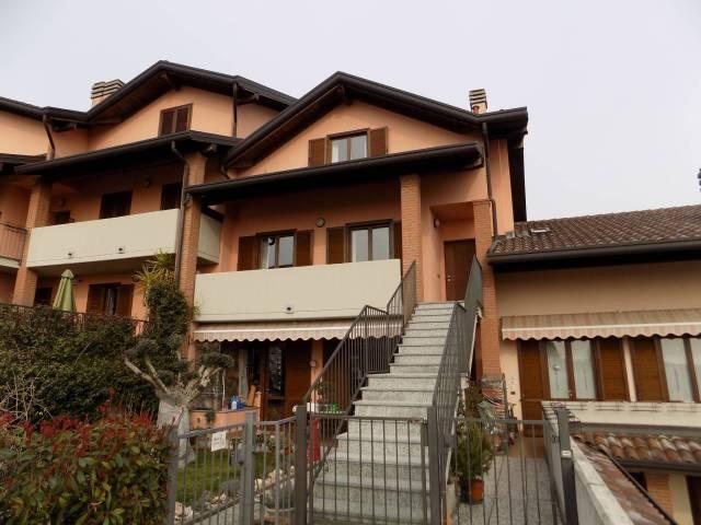 Appartamento in ottime condizioni arredato in vendita Rif. 5548275
