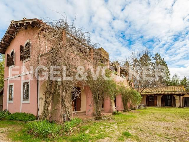 Villa in Vendita a Fonte Nuova: 5 locali, 450 mq