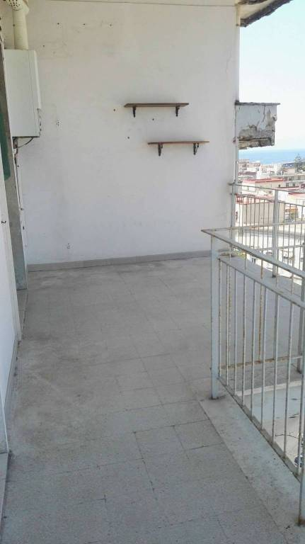 Appartamento in ottime condizioni arredato in affitto Rif. 7347032