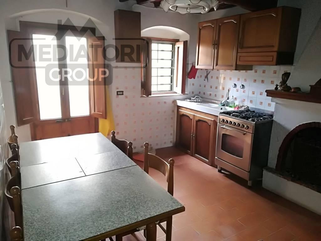 Casa Indipendente in buone condizioni in vendita Rif. 8509410