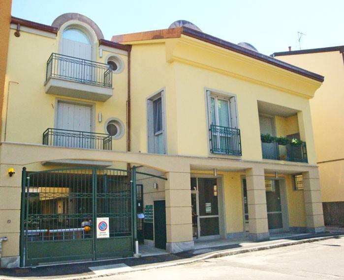 Negozio / Locale in vendita a Gorgonzola, 3 locali, prezzo € 257.000 | PortaleAgenzieImmobiliari.it