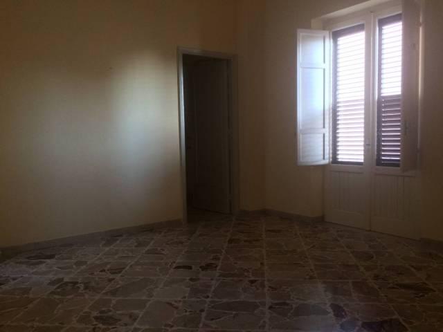 Appartamento, Italia, Affitto - Trapani (Trapani)