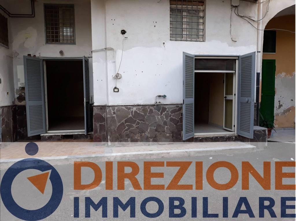 Appartamento in buone condizioni in vendita Rif. 8140220