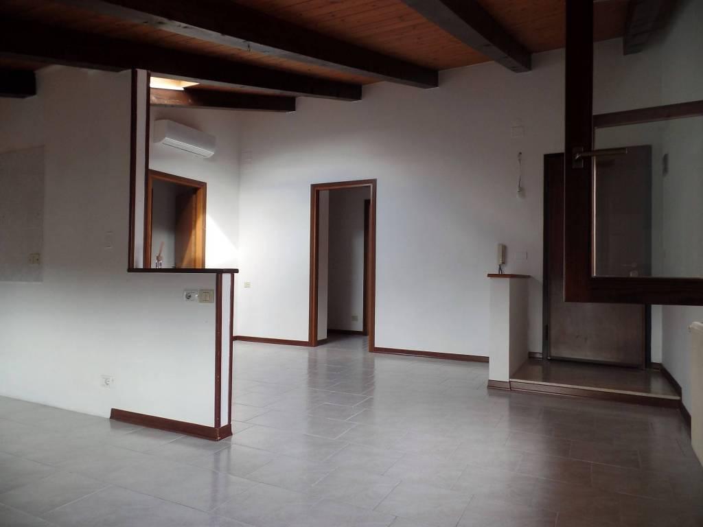 Attico / Mansarda in ottime condizioni in vendita Rif. 5573258