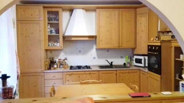 Appartamento in ottime condizioni in vendita Rif. 5561314