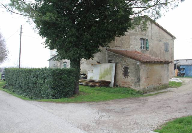 Villa in Vendita a Savignano Sul Rubicone Periferia: 2000 mq