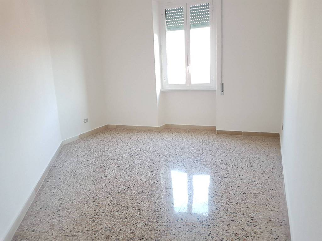 Appartamento in ottime condizioni in affitto Rif. 7421666
