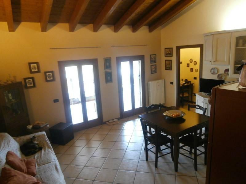 Attico / Mansarda in vendita a Borgo Virgilio, 2 locali, prezzo € 105.000   PortaleAgenzieImmobiliari.it