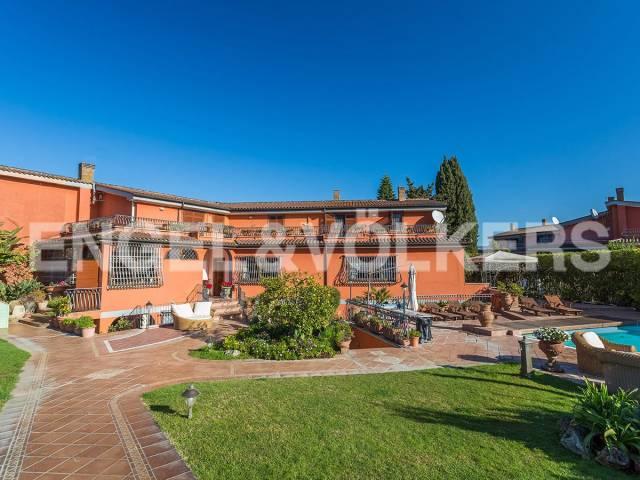 Villa in Vendita a Roma 34 Aurelio / Boccea: 5 locali, 480 mq