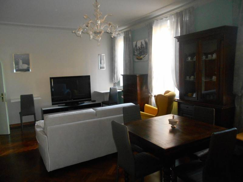 Appartamento in ottime condizioni in affitto Rif. 9240356
