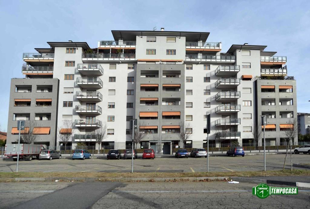 Appartamento in ottime condizioni in vendita Rif. 8914708