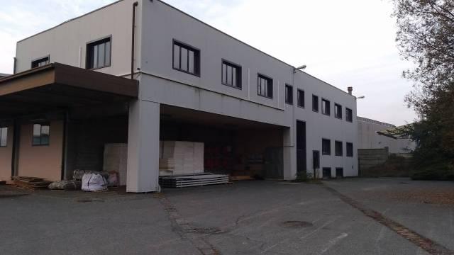 Capannone in vendita a Collegno, 9999 locali, Trattative riservate | CambioCasa.it