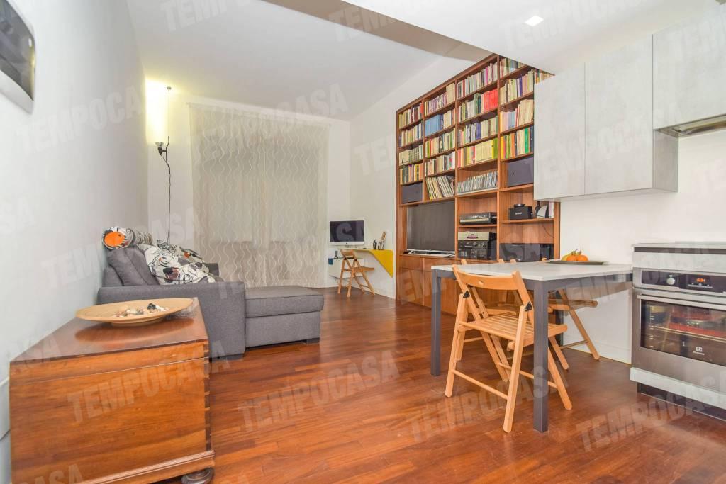 Appartamento in ottime condizioni arredato in vendita Rif. 8914625