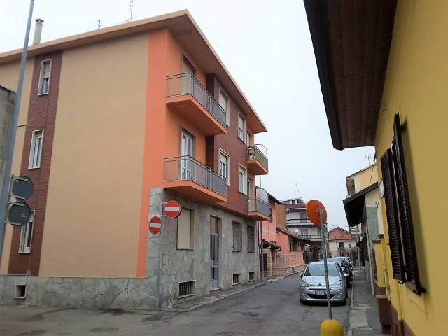 Bilocale Settimo Torinese Via Trieste 5