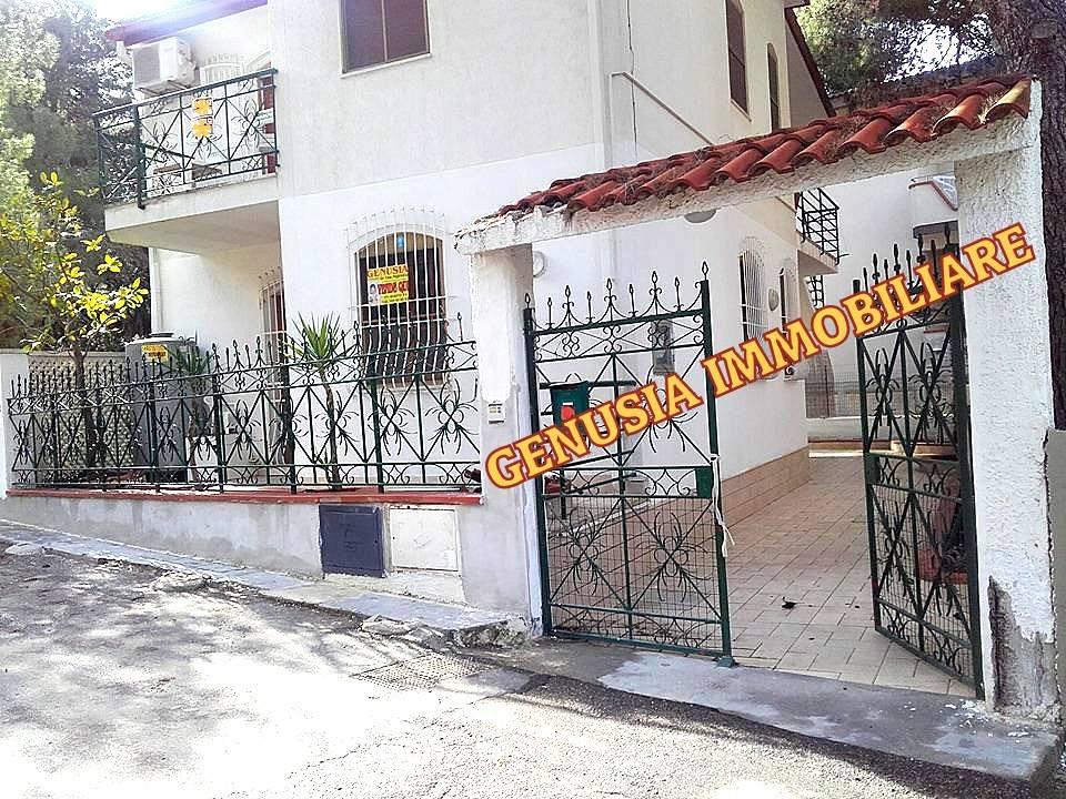 Villa in buone condizioni in vendita Rif. 5557045