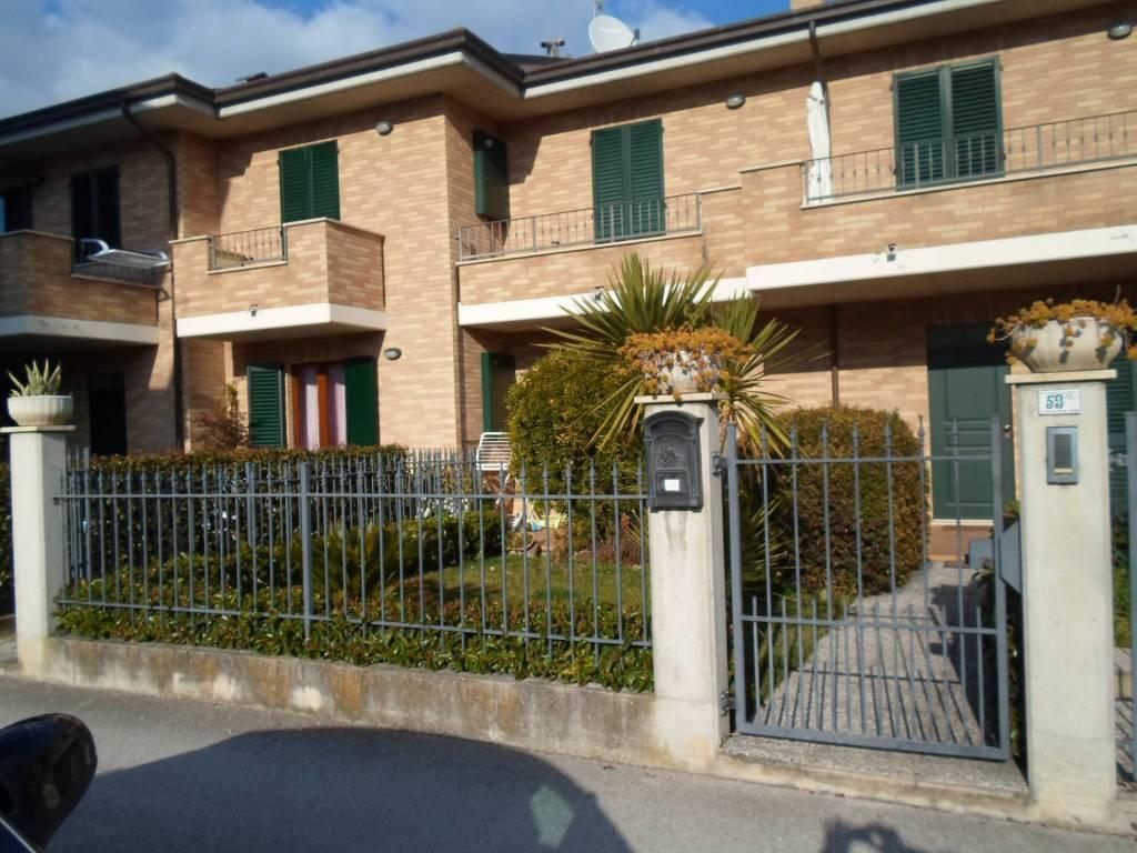 Appartamento quadrilocale in vendita a Monterubbiano (FM)