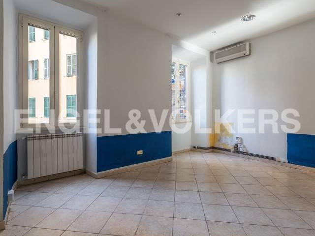 Appartamento in Vendita a Roma 12 San Giovanni / Re di Roma: 4 locali, 102 mq