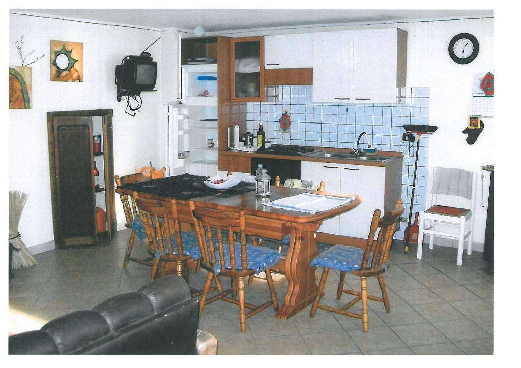 Appartamento in vendita a Sampeyre, 3 locali, prezzo € 54.000 | CambioCasa.it
