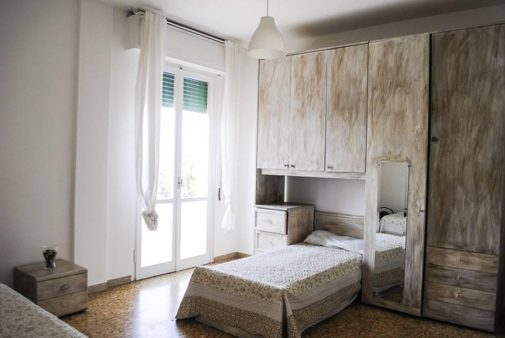 Appartamento in buone condizioni arredato in affitto Rif. 8019468