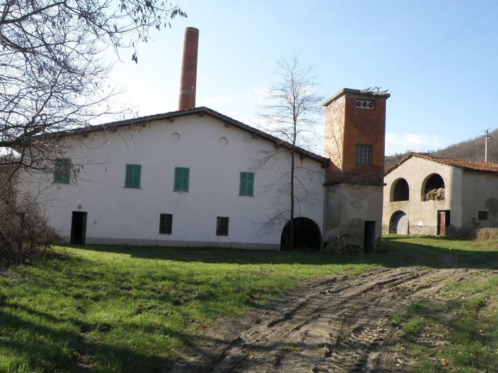 Rustico / Casale in vendita a Dego, 5 locali, prezzo € 110.000 | PortaleAgenzieImmobiliari.it