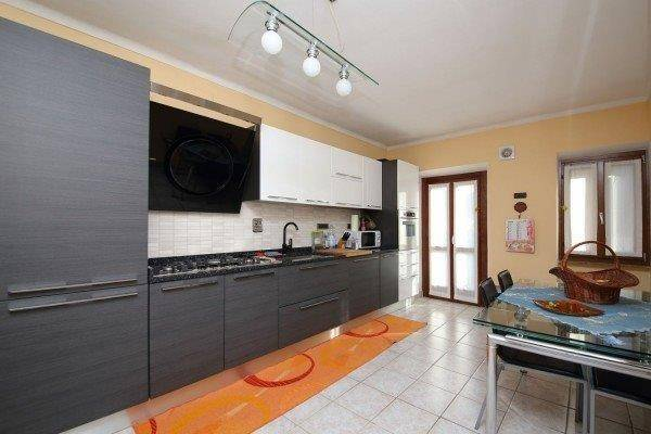 Appartamento in ottime condizioni in vendita Rif. 5573946