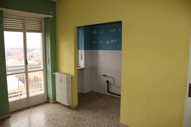 Appartamento in buone condizioni in affitto Rif. 5576065