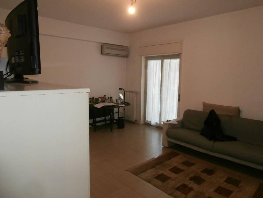 Appartamento in ottime condizioni in vendita Rif. 7720224