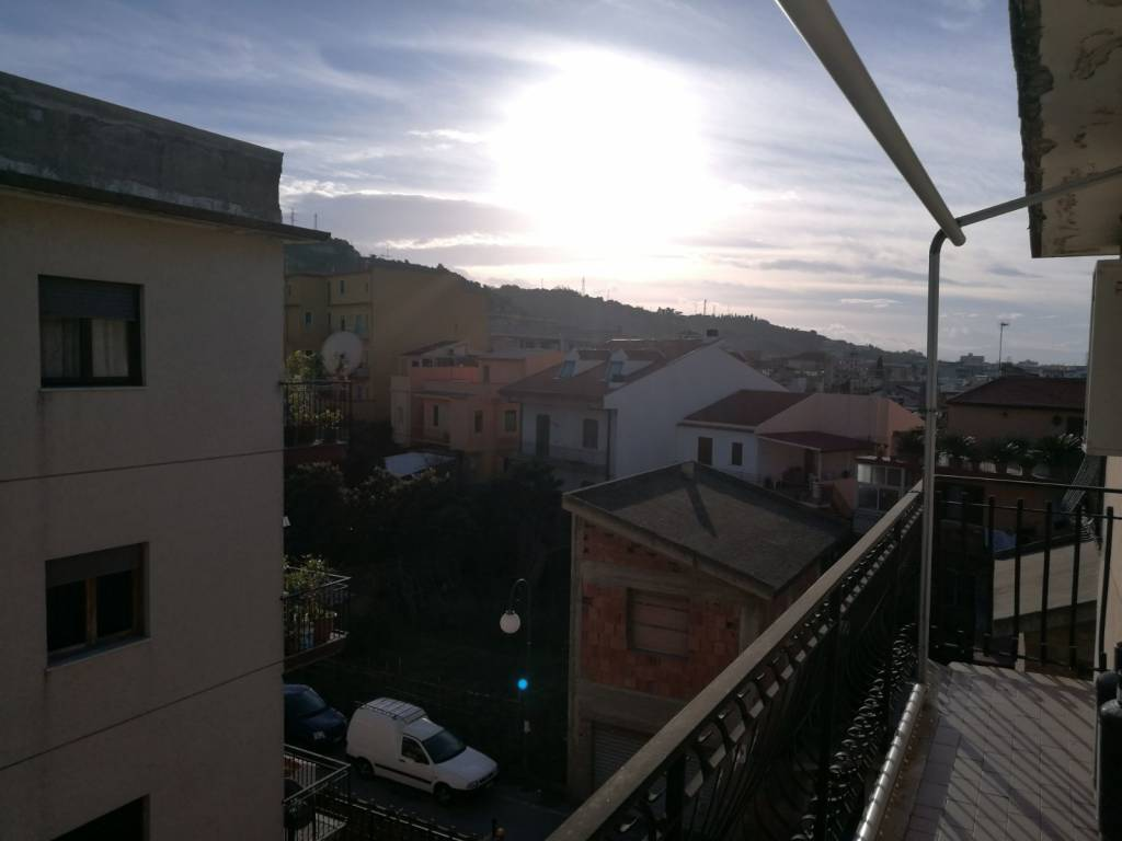 Appartamento in vendita a Rometta, 3 locali, prezzo € 70.000   CambioCasa.it