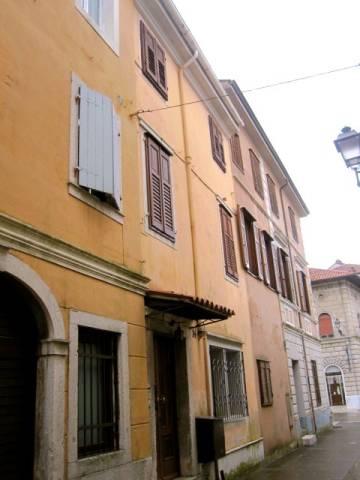 Stabile / Palazzo in buone condizioni in vendita Rif. 4348061