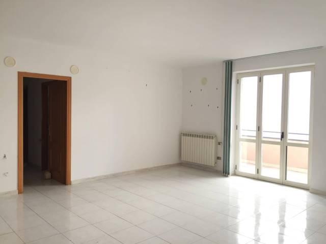 Appartamento, Giulio Antonio Acquaviva, Lincoln, Vendita - Caserta (Caserta)