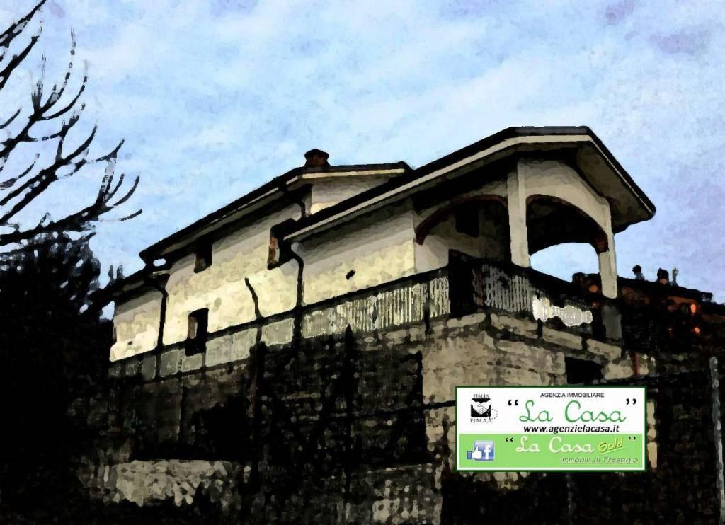 Villa in vendita a San Paolo Solbrito, 9 locali, prezzo € 265.000 | CambioCasa.it