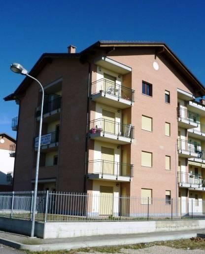 Appartamento in buone condizioni in vendita Rif. 8859561