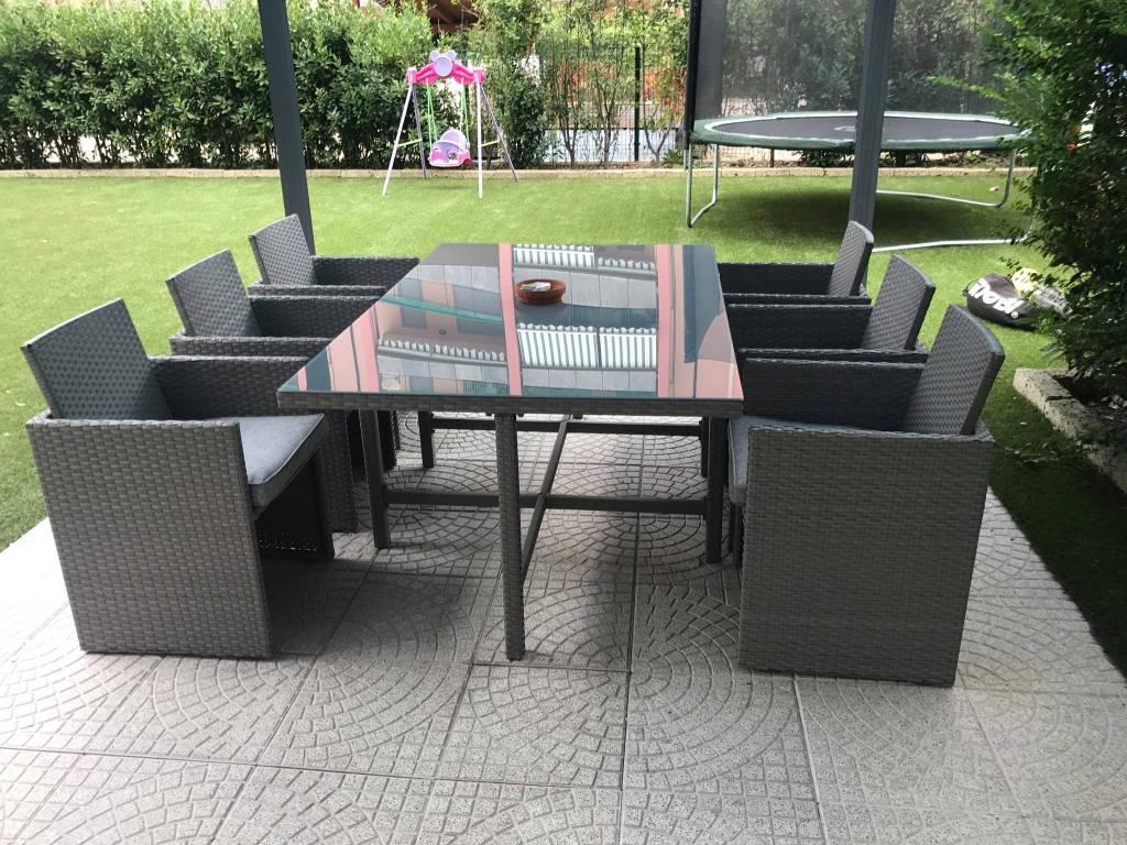 Appartamento in ottime condizioni arredato in vendita Rif. 7931578