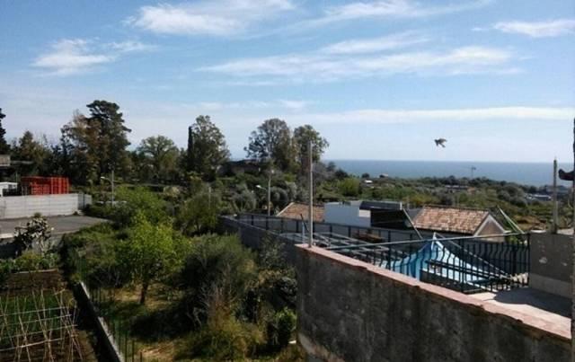 Villa in Vendita a Acireale Centro: 4 locali, 120 mq