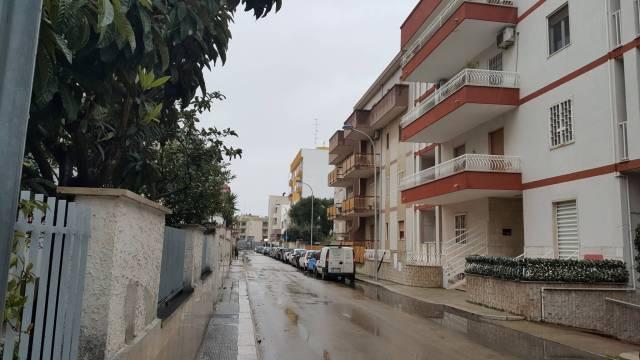 Appartamento in buone condizioni in vendita Rif. 5613693
