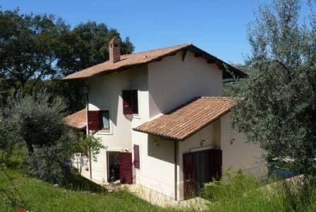 Villa in ottime condizioni arredato in vendita Rif. 7126259