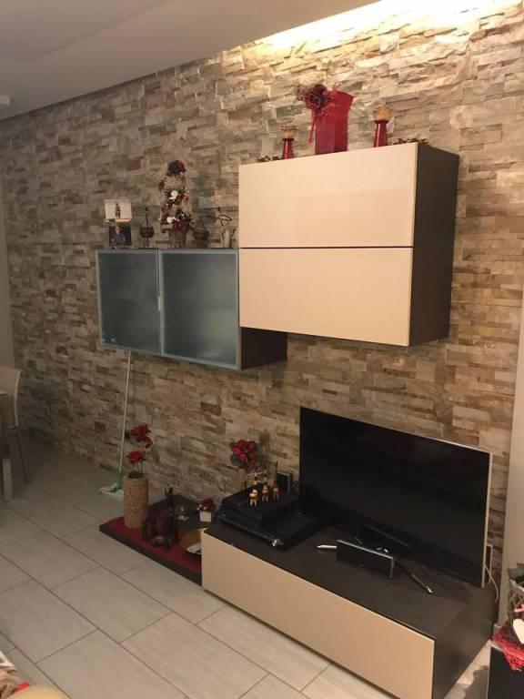 Appartamento in ottime condizioni arredato in vendita Rif. 7931580