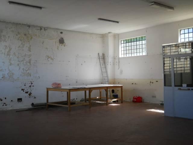 Laboratorio in vendita a Gerenzano, 2 locali, prezzo € 130.000 | CambioCasa.it