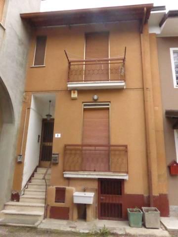 Casa indipendente trilocale in vendita a Caselle Lurani (LO)