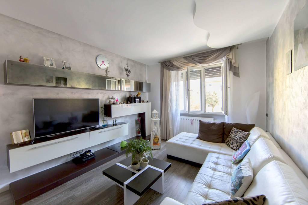 Appartamento in ottime condizioni in vendita Rif. 7945757