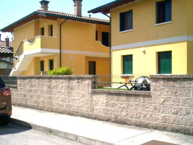 Appartamento in affitto a Codroipo, 5 locali, prezzo € 500 | CambioCasa.it
