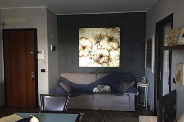 Appartamento in vendita a Novara, 2 locali, prezzo € 75.000   CambioCasa.it