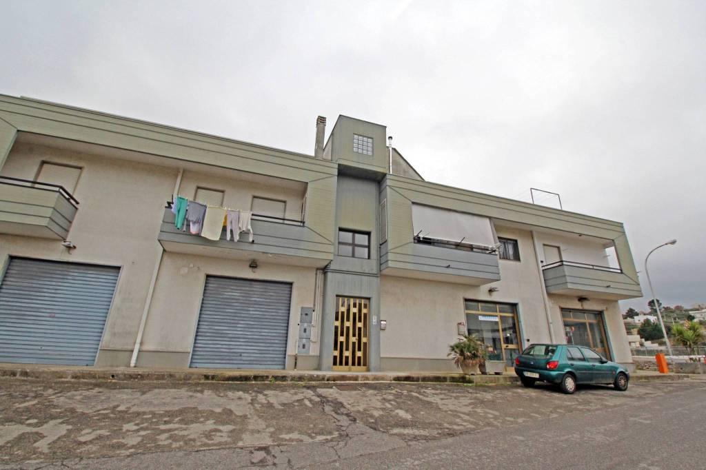Appartamento in buone condizioni in vendita Rif. 5563501