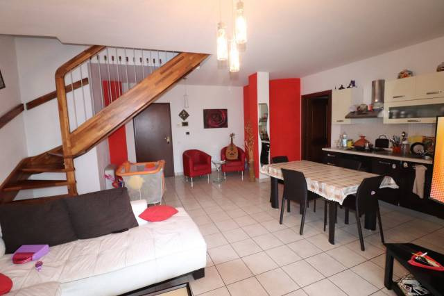 Appartamento su due livelli a Sant'Omero