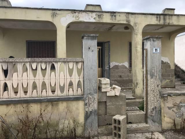 Villa in Vendita a Lecce Centro: 4 locali, 100 mq