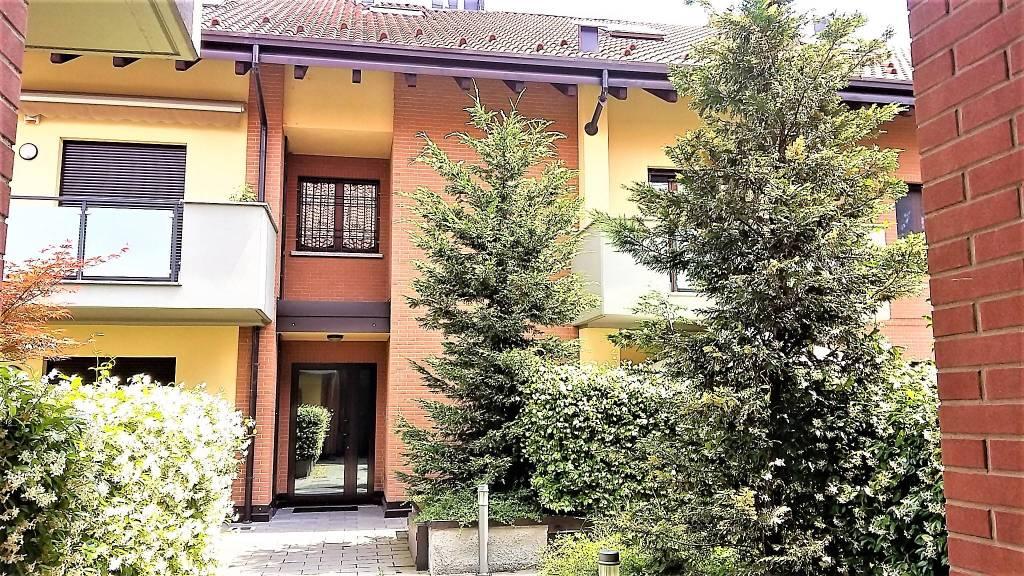 Appartamento in ottime condizioni in vendita Rif. 6387563