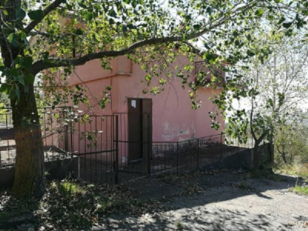 Villa in Vendita a Ragalna Centro: 4 locali, 117 mq