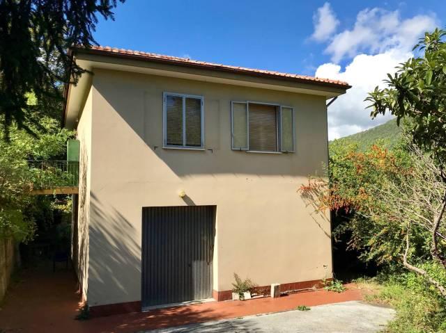 Villa in Vendita a Noli Periferia: 4 locali, 120 mq